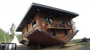 Haus auf dem Kopf/Pixabay.com